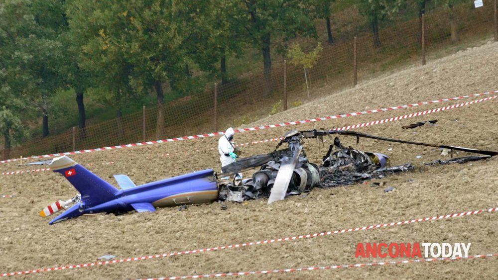 Elicottero Incidente : Elicottero precipitato ieri le autopsie da chiarire