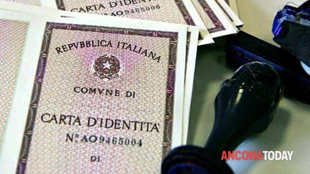 Ufficio Per Carta D Identità : Marano per una carta d identità file interminabili caos litigi