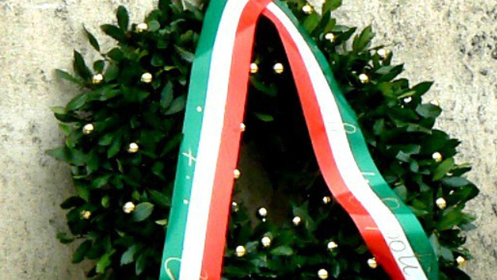 Ancona il 2 novembre messa e deposizione corone di alloro for Monte alloro affitti di cabina