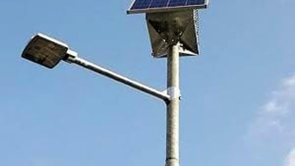 Anche i pali di illuminazione pubblica diventano punti di ricarica