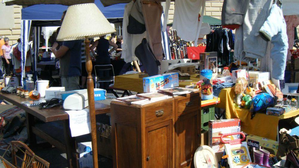 Ancona retr il mercatino vintage di natale a piazza roma for Mercatini usato roma